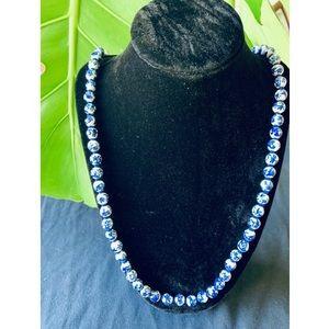 Jewelry - Vintage porcelain bead  necklace
